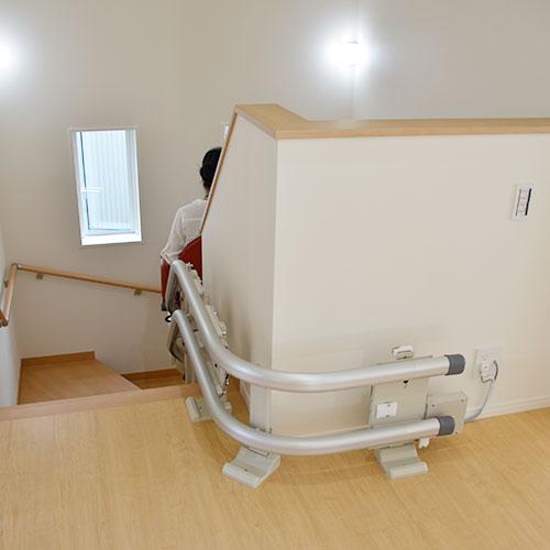 階段昇降リフト(2階)