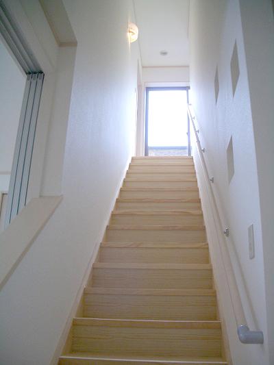 ベランダまで最短ルートで上がることができる階段